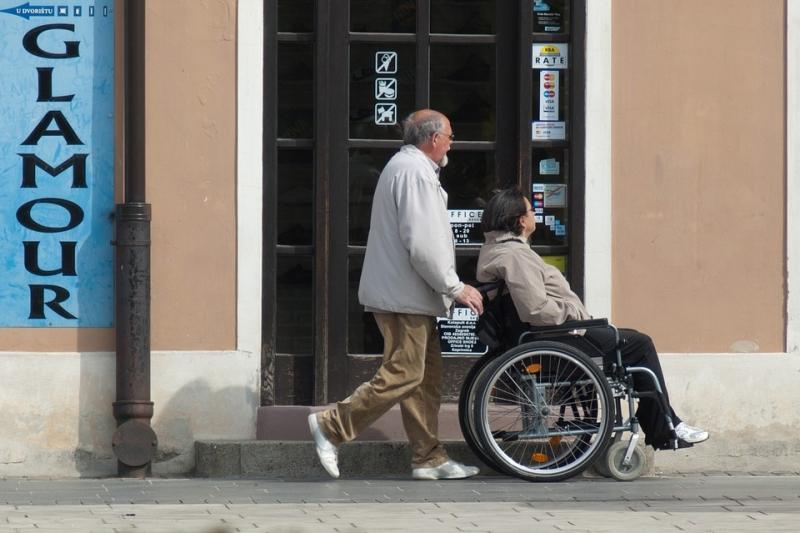 wheelchair-908343_960_720