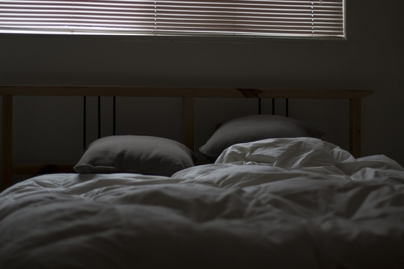 bed-731162_960_720
