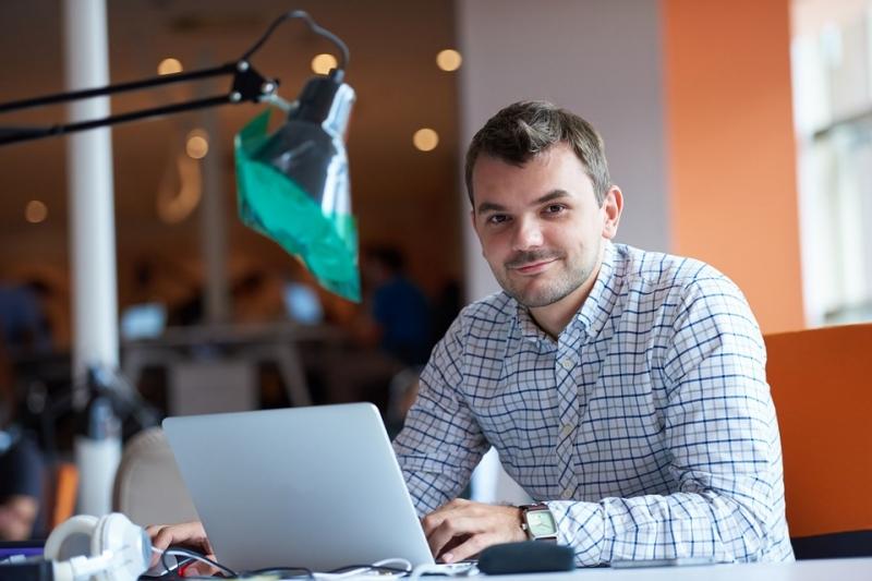 entrepreneur-2326419_960_720